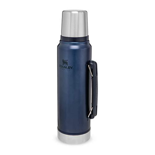 Stanley Classic Legendary Bottle Edelstahl-Thermoskanne, | BPA-frei |Hält 40 Stunden heiß | Deckel fungiert als Trinkbecher | Spülmaschinenfest | Lifetime Warranty, Nightfall, 1 L