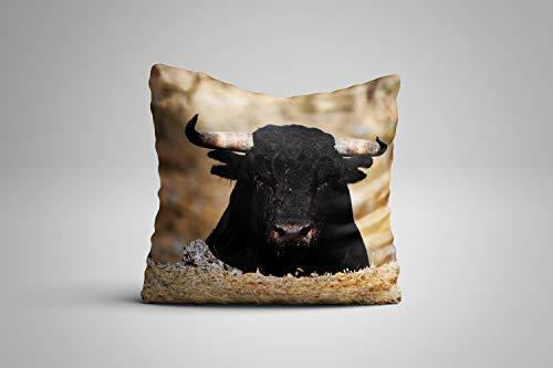 G | Cojín Toro | Bonito Cojín Toro Bravo| Decoración para su hogar | Diseño Elegante | Medidas 40cm x 40cm (1 Unidad)