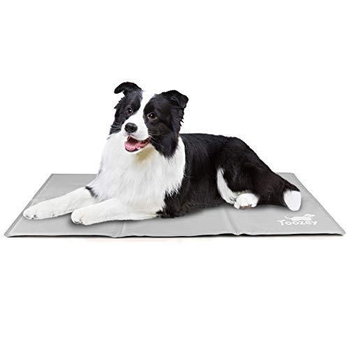Toozey Alfombra Refrescante para Perro Gato Autoenfriamiento - Alfombra de Gel Activada por Presión para Perros Mediano/Grande, a Prueba de Arañazos/Impermeable/Antideslizante, Gris L(90 * 50cm)