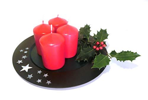Atelier Akara Last Minute Adventskranz - Edler Teller mit 4 Kerzen und Stechpalmenzweig als Adventsgesteck