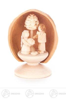 Miniatur Walnussschale mit Brautpaar Breite x Höhe x Tiefe 3 cmx4,5 cmx2,5 cm NEU Erzgebirge Weihnachtsfigur Holzfigur