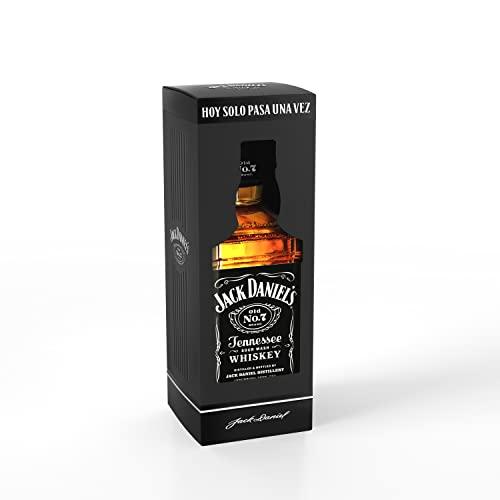 Jack Daniel's Old No.7 Tennessee Whiskey - Whiskey filtrato goccia a goccia attraverso il carbone. Giusto equilibrio tra sapore dolce e legnoso. Vol 40% - 70 cl