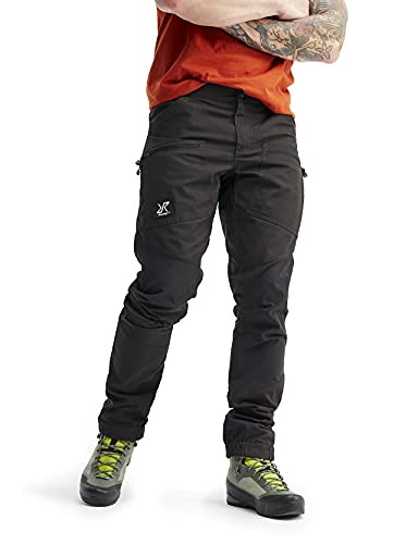 RevolutionRace Herren Nordwand Pro Pants, Hose zum Wandern und für viele Outdoor-Aktivitäten, Jet Black, M