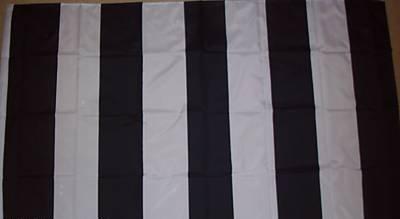 St Mirren zwart en wit gestreept 3'x2' vlag