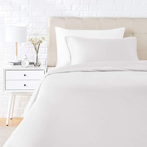 AmazonBasics - Juego de ropa de cama con funda de edredón, de satén, 135 x 200 cm / 50 x 80 cm x 1, Blanco
