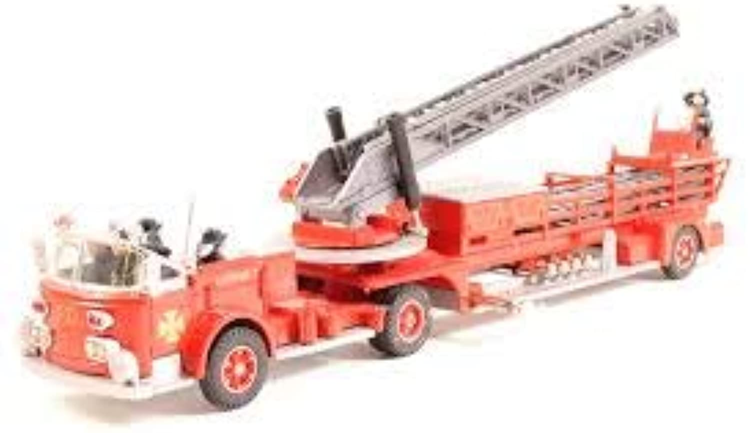 Corgi Collectables 97320 1 50 Scale American Lafrance Aerial Ladder Truck Die-Cast