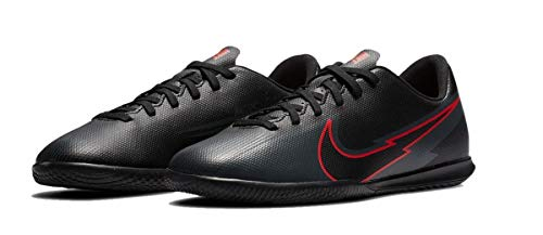 Nike Unisex Kinder Legend 8 Club IC Futsal-Schuh, Black/Black-DK Smoke Grey, 37.5 EU