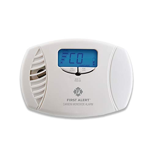 FIRST ALERT CO615 Plug-In Alarm with Battery Backup and Digital Display (1 Pack), White