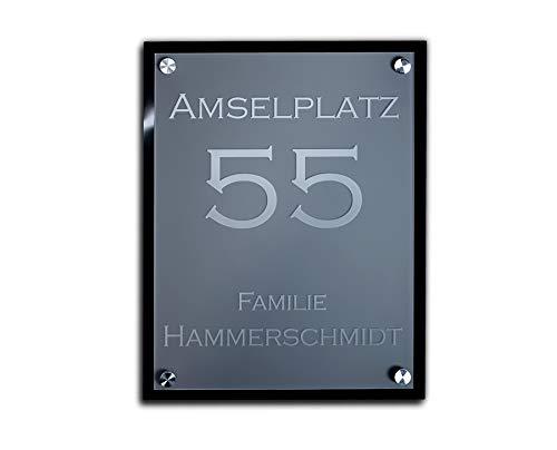 Hochwertiges Namensschild Hausnummer mit Gravur aus Acrylglas 23x30 cm mit über 80 Motiven Türschild für die Haustür mit Namen Haustürschild Familienschild Haus Garten