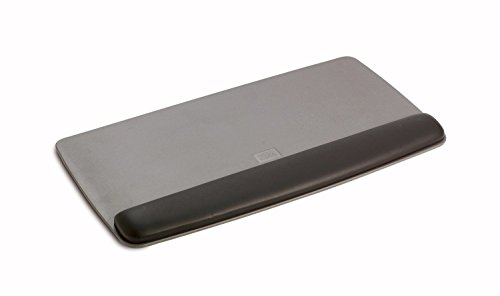 3M Tilt-Adjustable Gel Wrist Rest Platform, Antimicrobial Product Protection (WR420LE),Black