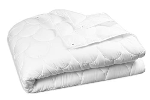 ZOLLNER 4-Jahreszeiten Bettdecke 2-teilig, 135x200 cm, Füllung 460g + 760g