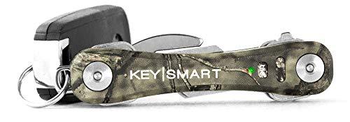 KeySmart Pro - Der kompakte Schlüsselhalter mit LED Licht & Tile Smart Technologie, lässt Sie Ihre verlorenen Schlüssel & Handys mit Bluetooth verfolgen (bis zu 10 Schlüssel, Tarnkleidung)