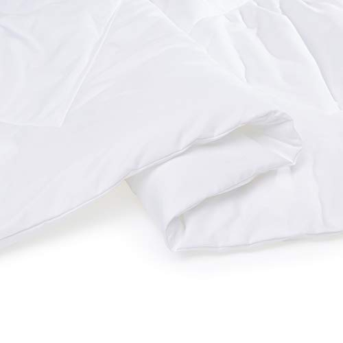AmazonBasics Microfiber Single Large Comforter, White