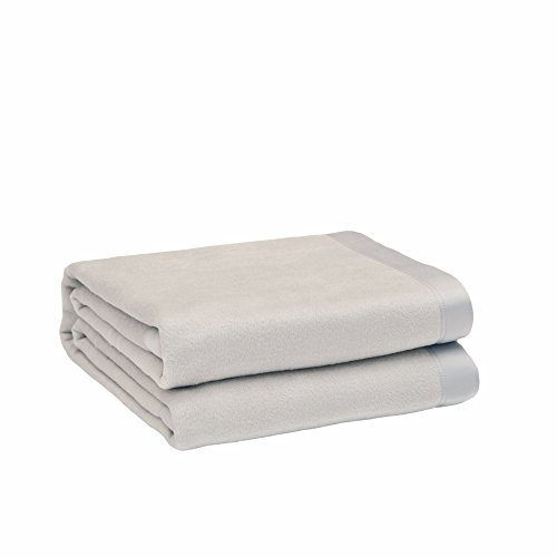 CUDDLE DREAMS Silk Blanket for All Seasons, Premium Mulberry Silk, Naturally Soft, Breathable (Silver Gray, King 108' × 90')