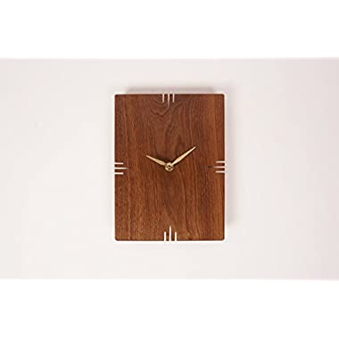 Oscar Wall Clock / Walnut