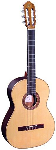Ortega R210 Konzertgitarre Custom Made in 4/4 Größe handgefertigt in Spanien massive Decke natur im hochglänzenden Finish mit hochwertigem Gigbag