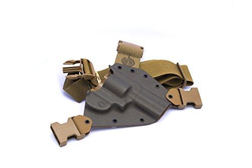 GunfightersINC Kenai Chest Holster for 686/L Frame Revolvers, MAS Grey/Coyote, Right Hand (Gen 2)