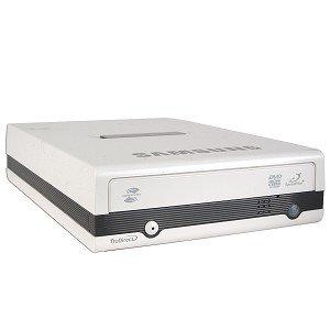 Samsung SE-S204S 20x DVD±RW DL USB 2.0 External Drive w/LightScribe & TruDirect (White)