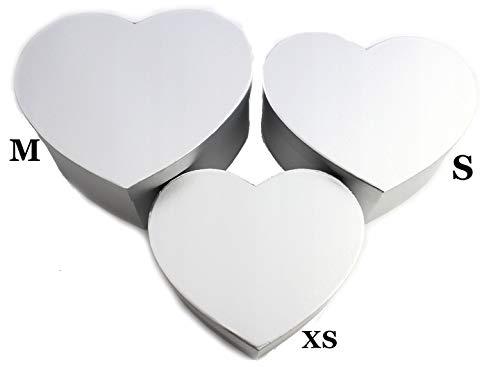 Set di 3 scatole decorative con coperchio, diverse misure e varianti A forma di cuore in argento.