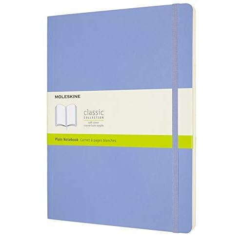 Moleskine - Classic Notebook, Taccuino con Pagine Bianche, Copertina Morbida e Chiusura ad Elastico, Formato XL 19 x 25 cm, Colore Blu Ortensia, 192 Pagine