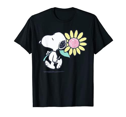 Peanuts Snoopy Pink Daisy Flower T-Shirt