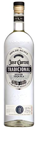 Jose Cuervo Tradicional Silver - Tequila 100% blue agave fatto con lo stesso metodo tradizionale del primo tequila Cuervo del 1795. Bottiglia da 70cl, Vol. 38%
