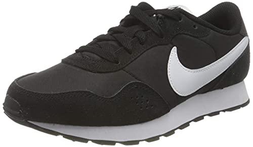 Nike Unisex Md Valiant Sneaker, Black/White, 38.5 EU