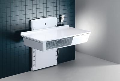 Pressalit R8683000 Wickel-Tisch mit sanitären Aritkeln, Waschbecken, Armatur, Ausziehbrause, elektrisch höhen-verstellbar für Senioren, behindertengerecht, wandhängend (Abmessungen: 80 x 180 cm)