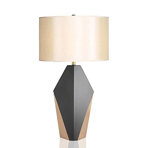 Yjdr Lámpara de mesa minimalista moderna de 25 pulgadas Lámpara de noche Personalidad Diseñador creativo Ambiente Negro Oro American Sala de estar Lámpara de mesa de decoración, fuente de luz de inter