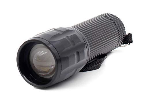Linterna LED Alta Potencia Linterna de Mano Linternas Antorcha Flashlight LED con enfoque ajustable para Ciclismo Camping Montañismo incluida 3 AAA Pilas