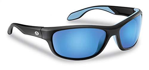 Flying Fisherman Cayo Gafas de sol polarizadas con bloqueador UV AcuTint para pesca y deportes al aire libre, marcos negros mate / lentes de espejo azul ahumado