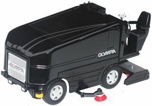 Olympia Ice Resurficer - All Black
