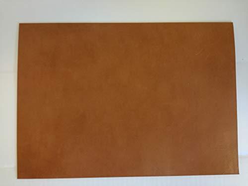 24 x 34 cm großer Lederzuschnitt, Farbe cognac, Blankleder, Dickleder, Punzierleder, pflanzlich / vegetabil gegerbte Rindleder, Vollrindleder mit ca. 3,2-3,5 mm Stärke und unverfälschtem Narbenbild,