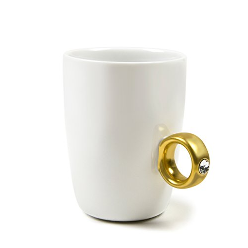 Fred 2-CARAT CUP Solitaire Ring Mug, Gold