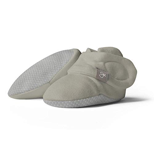 Goumikids goumiboots, Soft Stay On Booties Keeps Feet Warm and Adjusts to Fit as Baby Grows (Moss, Preemie)