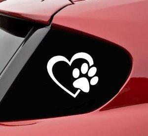 StickerBorough - Adesivo in vinile, a forma di cuore con impronta di zampa di cane, da 10,16 cm, ideale per auto, camion, finestre, pareti, computer portatili, disponibile in vari colori