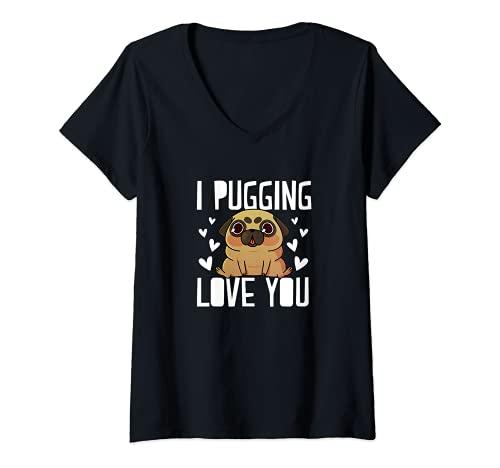 Mujer I Pugging Love You Lindo Día de San Valentín Pug Dog Mom Dad Camiseta Cuello V