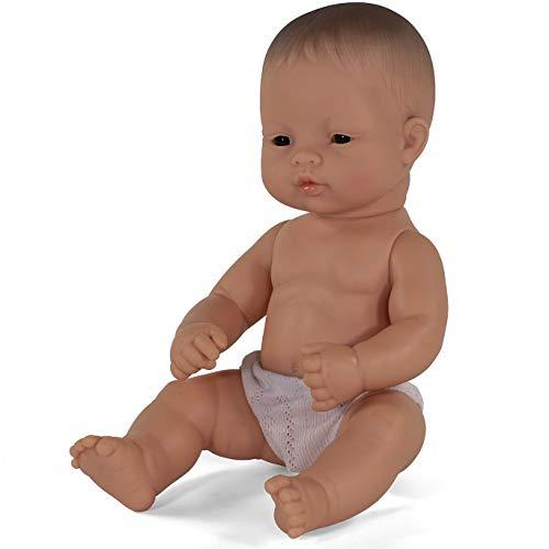Miniland – Muñeco bebé Asiático Niño de Vinilo Suave de 32cm con rasgos étnicos y sexuado para el Aprendizaje de la Diversidad con Suave y Agradable Perfume. Colección de Diferentes etnias y sexos.
