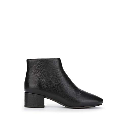 Price comparison product image Gentle Souls by Kenneth Cole Women's Ella Low Heel Bootie Boot,  black,  7.5 M US