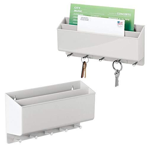 mDesign 2er-Set praktische Briefablage für Flur und Küche – kompaktes Schlüsselboard mit 2 Fächern für Post und 5 Haken – wandmontiertes Schlüsselbrett aus Kunststoff – hellgrau