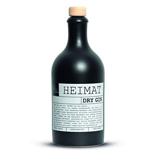 HEIMAT Dry Gin 43% (1x 0,5l) mit 18 fruchtigen Botanicals wie Apfel, Salbei, Thymian, Lavendel, Ingwer aus der Heimat - Handcrafted