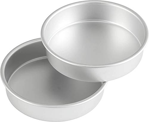 Wilton Aluminum Round Set, 8 x 2-Inch, 2-Pack Cake Pan Multipack, Assorted