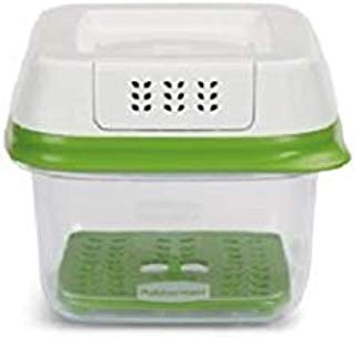 Rubbermaid FreshWorks Produce Saver Food Storage Container, Small, 2.5 Cup, 1920480, Green, 3 Pack