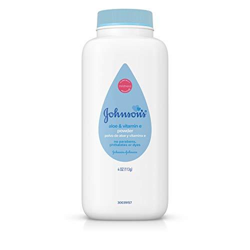 Johnson's Baby Powder with Naturally Derived Cornstarch Aloe & Vitamin E, Hypoallergenic, 4 oz