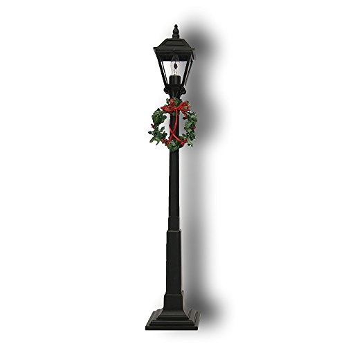 Byers' Choice Lamppost #622 (22 Inches Tall)