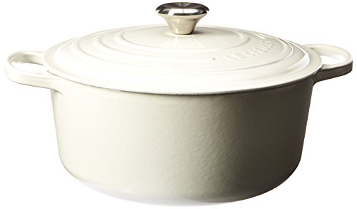 Le Creuset Signature Enameled Cast-Iron 7-1/4-Quart Round French (Dutch) Oven, White