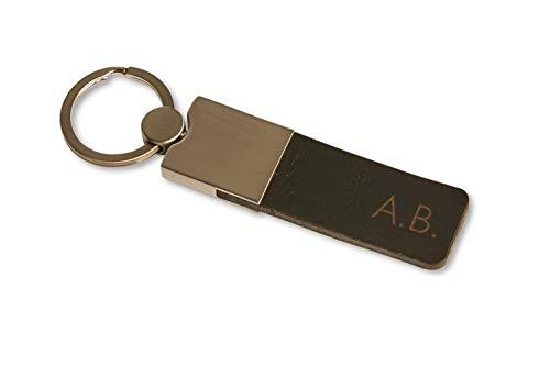Personalisierter Leder Schlüsselanhänger mit individueller Gravur (Initialen, Koordination, Text) - Square - Hochwertiges Geschenk für Männer und Frauen