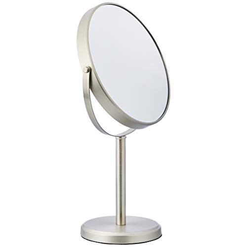 Amazon Basics – Espejo alto de doble cara para lavabo con mueble de baño, Níquel
