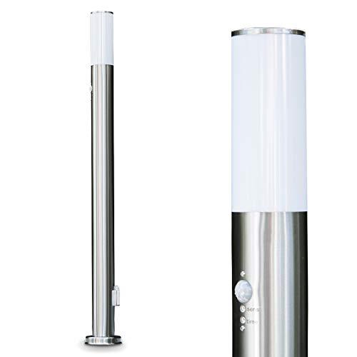 Lampe sur pied d'extérieur avec prise et détecteur de mouvement