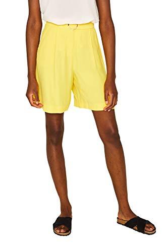 Pantalón corto amarillo de corte desenfadado